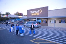 Walmart accelerates small-store openings