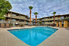 The Colonnade Apartments in Phoenix Command $25.5 Million