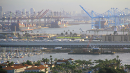West Coast ports dispute is an economic time bomb