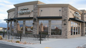 Kneader's Joins Natural Grocers at Craycroft and River