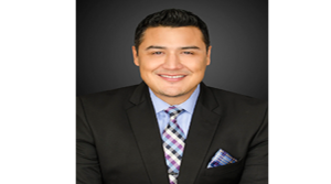 Fidelity National's Assistant Vice President Leo Sanchez completes W.P. Carey School of Business MRED program