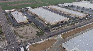 Cross-Border Site Search Keeps Pilkington Western Distribution Center in Phoenix