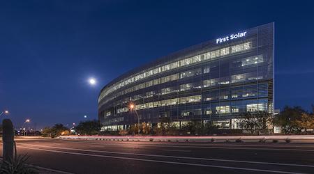New jll capital markets team wins papago gateway center for Moffitt builders