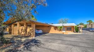 CBRE Brokers Sale of Two Phoenix Apartment Communities in Phoenix