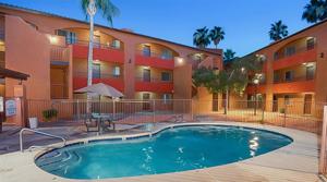 ABI Brokers $14.65M, 186-Unit Apartment Sale near Grand Canyon University