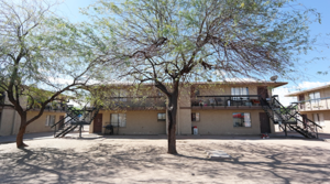 Multifamily Advisor, Lee sells complex for $1.35M in south Phoenix