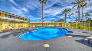 CBRE Negotiates Sale of Four Phoenix Apartment Communities for $12.8 Million