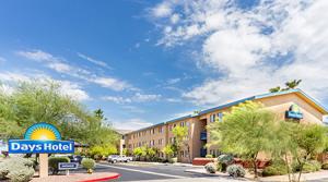 Days Inn Mesa Sells for $7.6 Million