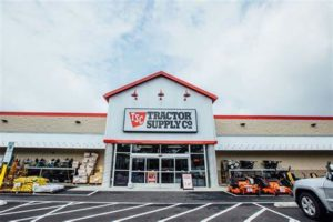 Tractor Supply Company expands with new store in Surprise