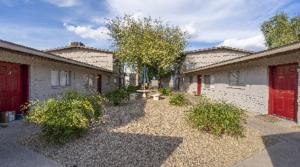 Marcus & Millichap Arranges the Sale of 1934 Fairmount, an 8-Unit Apartment Community in Phoenix